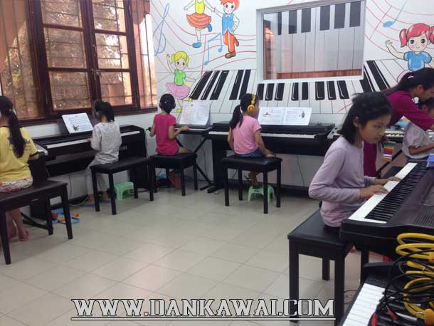 luy-y-lua-chon-trung-tam-day-piano-cho-be-01