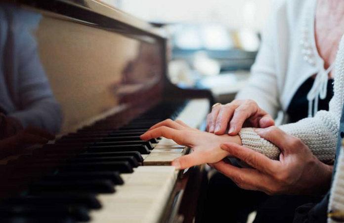 tu-the-tay-dan-piano-chuan